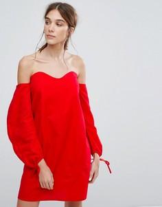 Платье с открытыми плечами и присборенными рукавами Neon Rose - Красный