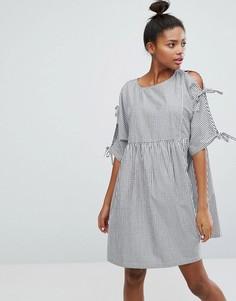 Полосатое свободное платье с завязками на рукавах Monki - Мульти