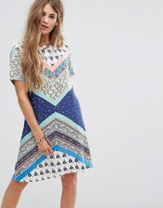 Платье-туника с принтом в стиле пэтчворк Yumi - Мульти