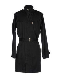 Легкое пальто Versace Classic