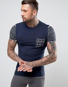 Облегающая футболка с ацтекским принтом на рукавах и кармане ASOS - Синий