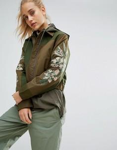 Куртка из переработанного материала с вышивкой на рукавах Maharishi - Зеленый