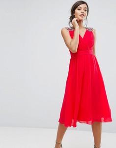 Шифоновое платье миди с отделкой на плечах Little Mistress - Красный