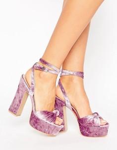 Розовые бархатные босоножки на платформе и каблуке Public Desire Elaura - Розовый