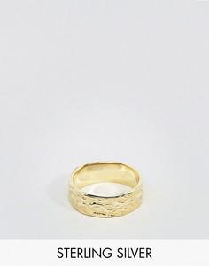 Позолоченное серебряное кольцо с чеканной отделкой ASOS - Золотой
