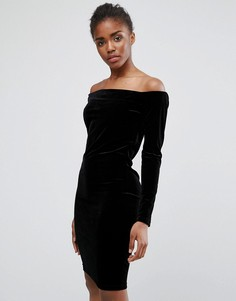 Бархатное платье с открытыми плечами Minimum - Черный