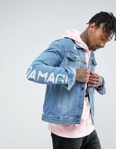 Джинсовая куртка с рваной отделкой и принтом на рукавах Criminal Damage - Синий