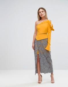 Платье на одно плечо с оборкой, кружевной юбкой и разрезом до бедра Three Floor - Мульти