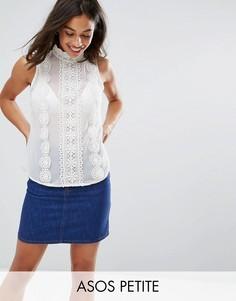 Блузка без рукавов с кружевной отделкой ASOS PETITE - Кремовый