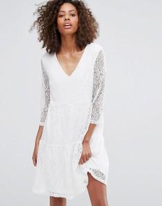 Кружевное короткое приталенное платье Vila - Белый