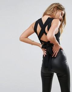 Кроп-топ с завязкой на спине PrettyLittleThing - Черный