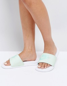 Зеленые шлепанцы Nike Benassi - Зеленый