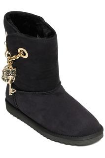 ugg boots Love Moschino