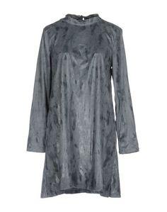 Короткое платье Zeusedera