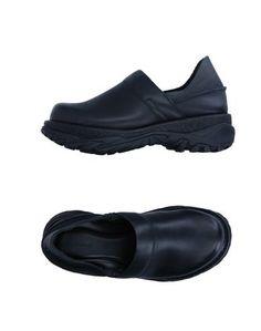 Низкие кеды и кроссовки Zucca