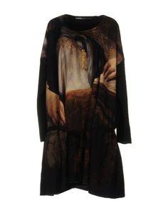 Короткое платье Rundholz