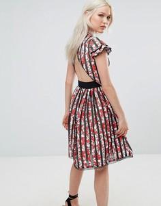 Короткое приталенное платье в полоску с открытой спиной Foxiedox Mirabel - Мульти