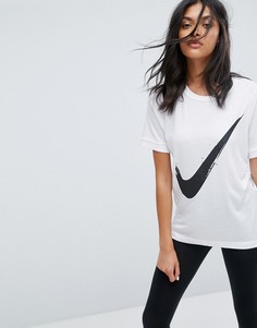 Футболка с фирменным символом Nike - Белый