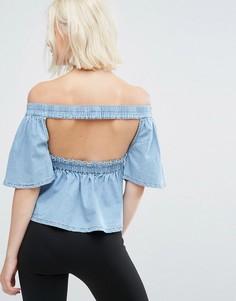 Джинсовый топ с вырезом на спине и открытыми плечами Mink Pink - Синий