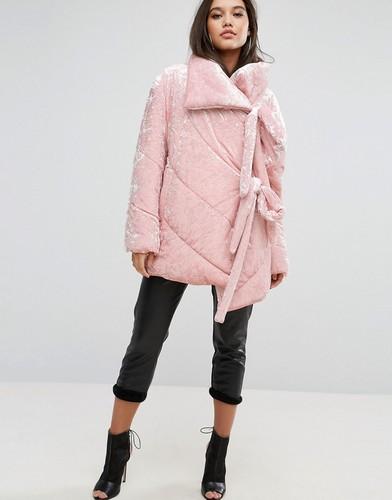 Вельветовая дутая куртка ASOS - Розовый
