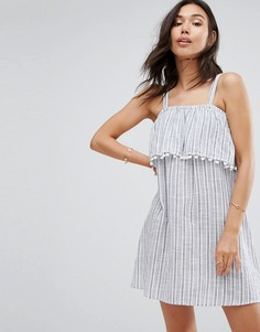 Платье в полоску с помпонами Boohoo - Синий