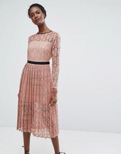 Кружевное платье миди с плиссированной юбкой Endless Rose - Розовый