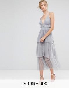 Платье миди из тюля с ярусными оборками и лямками на спине True Decadence Tall Premium - Серый