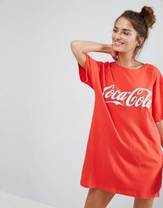 Футболка с большим принтом Coca-Cola ASOS - Красный