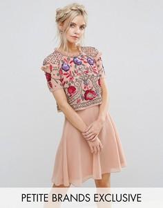 Короткое приталенное платье с цветочной отделкой Frock And Frill Petite - Розовый