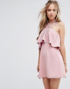 Приталенное платье с кружевом и завязкой на шее Foxiedox - Розовый