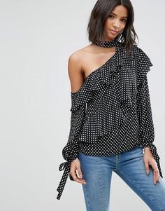 Блузка в горошек с чокером и открытым плечом ASOS - Мульти