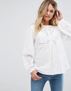 Блузка на пуговицах с вырезной отделкой New Look - Белый