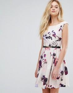 Платье для выпускного с ремнем и принтом Little Mistress - Розовый