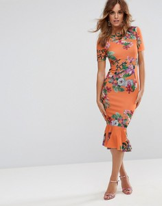 Оранжевое платье-футболка миди с цветочным принтом и баской ASOS - Мульти