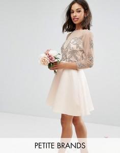 Короткое приталенное платье для выпускного с декоративной отделкой и расклешенными рукавами Maya Petite - Розовый