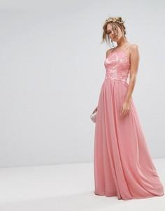 Платье-премиум макси с кружевной отделкой и юбкой из шифона Chi Chi London - Розовый