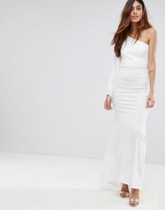 Платье макси с открытыми плечами и пышным рукавом на манжете TFNC - Белый