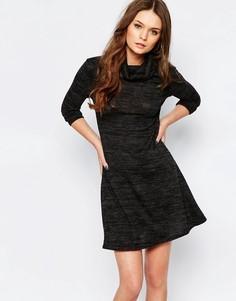 Свободное трикотажное платье с высоким воротом New Look - Серый