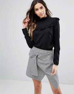 Блузка с высоким воротником и рюшами Vila - Черный