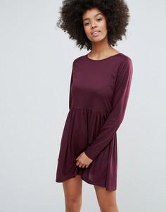 Трикотажное короткое приталенное платье Brave Soul - Красный