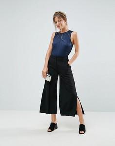 Укороченные брюки с разрезами по бокам Closet - Черный