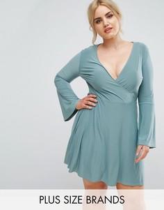 Короткое приталенное платье с запахом Club L Plus - Зеленый