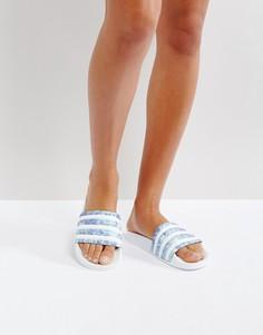 Белые с синим шлепанцы adidas Adilette - Белый