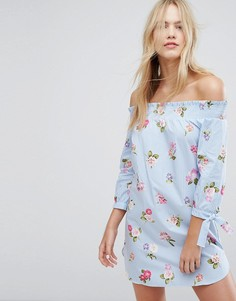 Платье в полоску с цветочным принтом и открытыми плечами New Look - Синий