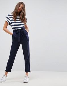 Льняные брюки со сборками на талии и поясом ASOS - Темно-синий