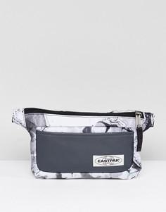 Черная фактурная сумка-кошелек на пояс Eastpak Talky - Черный