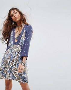 Платье с рукавами 3/4 и принтом Free People Talulla - Синий