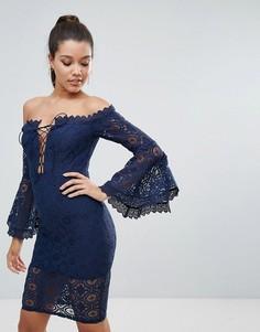 Кружевное платье-футляр с открытыми плечами и шнуровкой Love Triangle - Темно-синий
