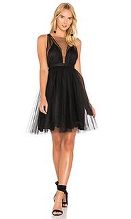 Платье с v-вырезом и расклешенной юбкой - No. 21