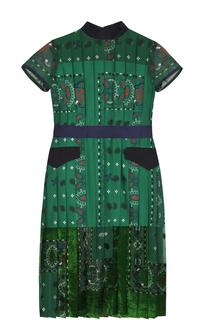 Приталенное плиссированное платье с принтом Sacai